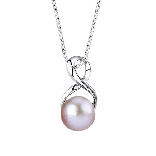gifts for her high school graduation - pearl necklace