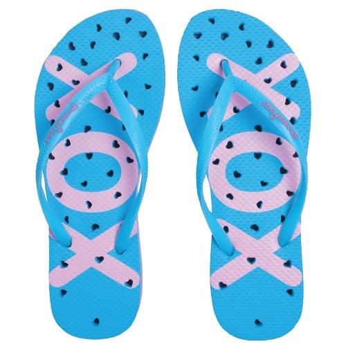 Showaflops Antimicrobial Shower Sandals. Dorm survival list. Going to college checklist.