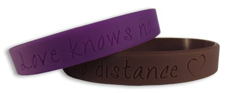 love knows no distance groovy silicone bangles