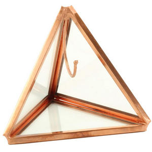 cute-ring-holder geometric box