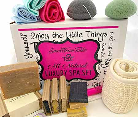 Spa Kit Relaxation Gift Set | baby-shower-hostess-gift-ideas