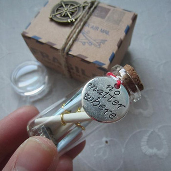 long-distance-boyfriend-gifts-message-in-a-bottle