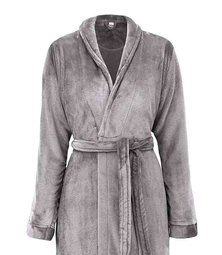 gifts-for-capricorn-bath-robe