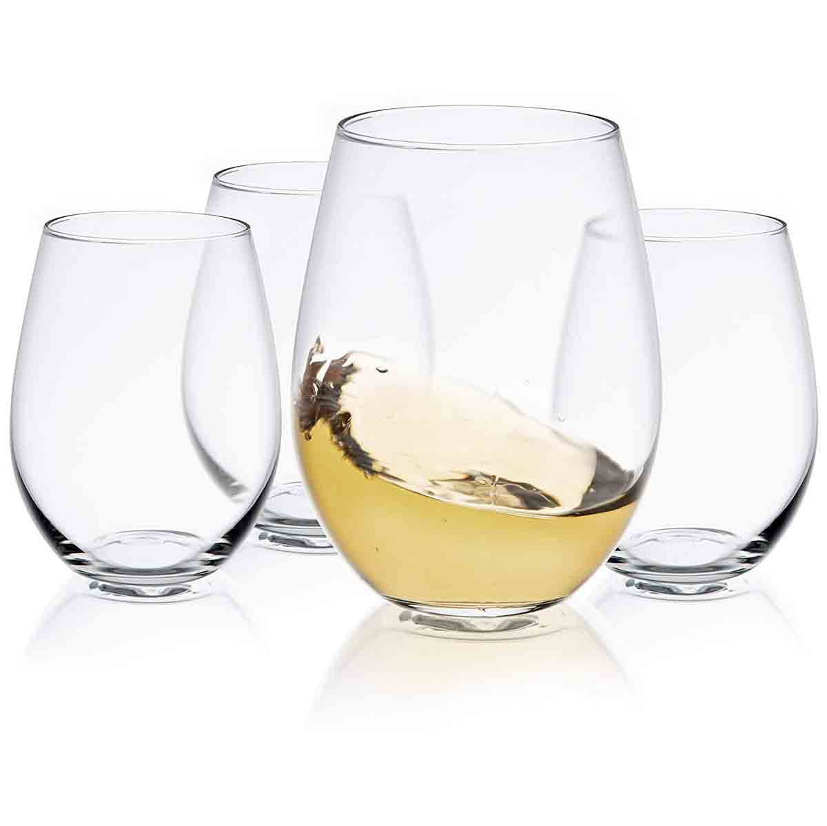 gifts-for-capricorn-wine-glasses