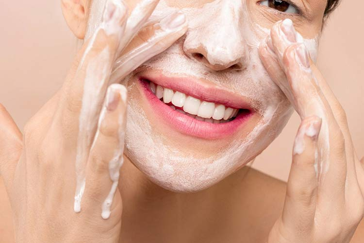 Recommended Skincare Routine for College Students