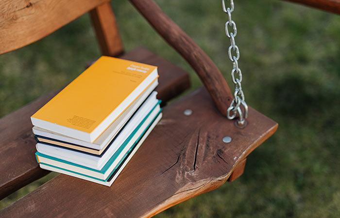 backyard date idea - build a swing